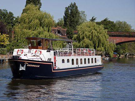 River Cruise English Wine Tour
